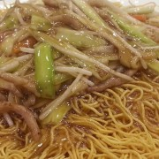 Shredded Pork and Mushroom with Fried Noodles - Tsuen Wan
